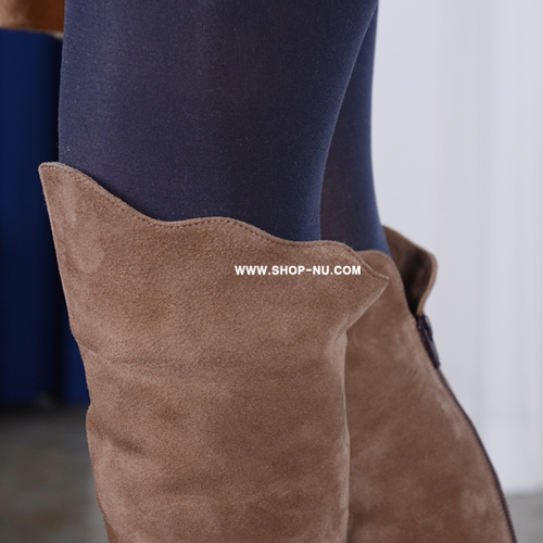 MILKY BROWN SUEDE PULL DOWN KNEE HIGH BOOTS.9/1