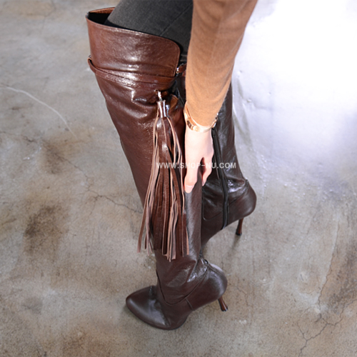 DARK BROWN TEXTURED LEATHER THIGH HIGH BOOTS.9