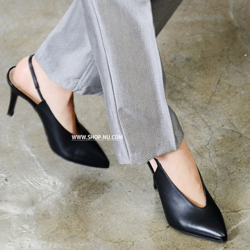 BLACK LEATHER POINT TOE BACKLESS SHOES 9