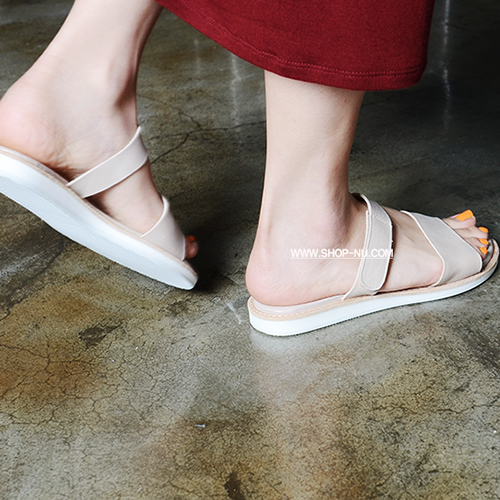 NUDE BEIGE LEATHER VELCRO STRAP SLIDE 1.4