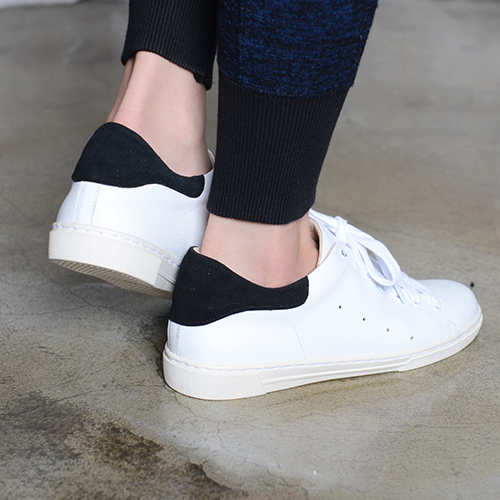 BLACK TIP WHITE LEATHER SNEAKERS '2.5